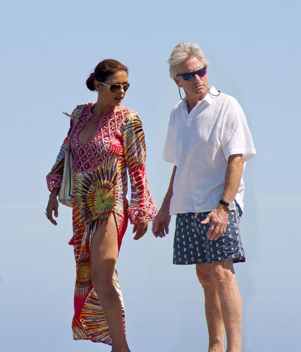 Catherine Zeta-Jones y Michael Douglas recuperan fuerzas en Saint Tropez