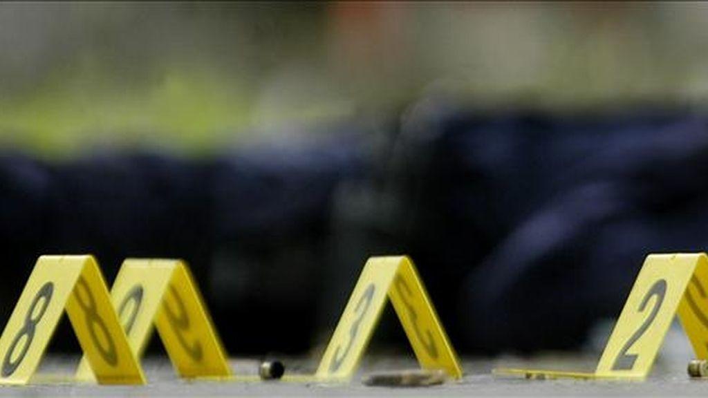 El tiroteo ocurrió a medianoche del viernes en el jardín principal de la iglesia, y las balas alcanzaron a decenas de civiles que caminaban por la zona, entre los que se presume hay mujeres y menores. EFE/Archivo