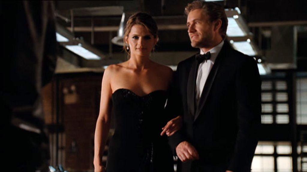 La inspectora Beckett sabe cómo poner celoso a Castle