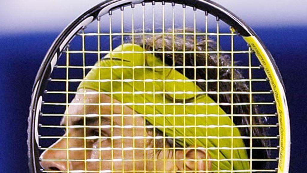 Rafa Nadal tras las cuerdas de su raqueta