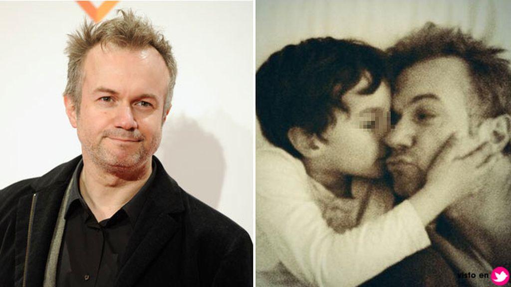 El actor Tristán Ulloa y su hijo