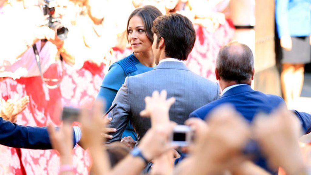 Cayetano y Fran Rivera se dan un baño de multitudes en la boda de la Duquesa