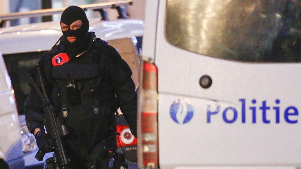 La policía patrulla las calles de Bruselas