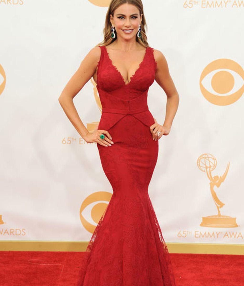 Sofía Vergara eligió un vestido de corte sirena y escotazo