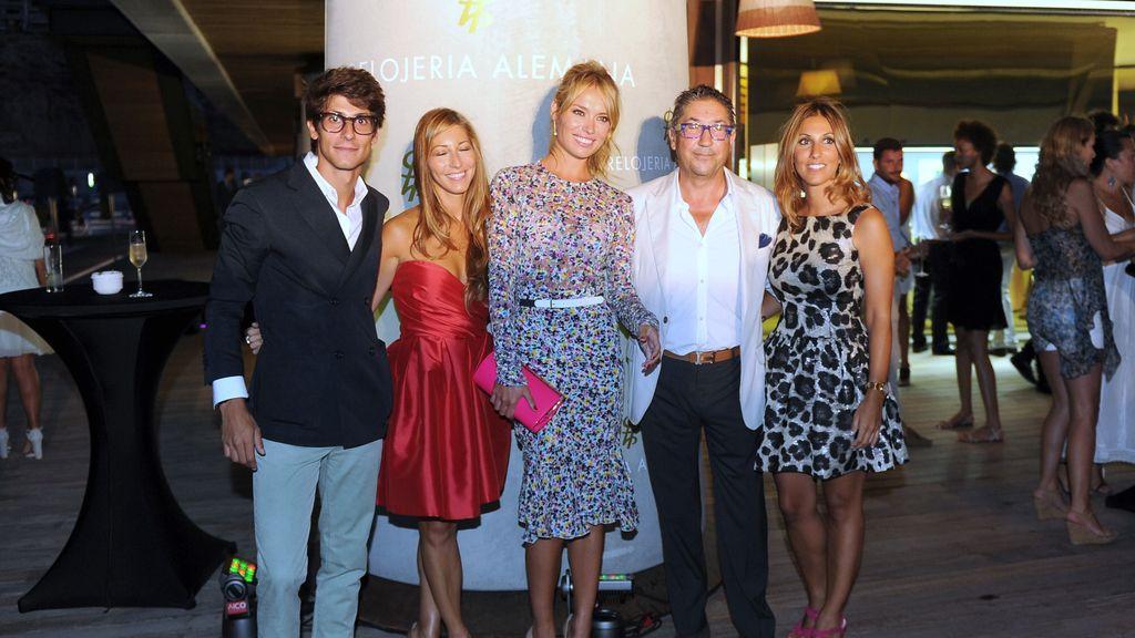 Patricia Conde reaparece en Mallorca con su marido tras la boda