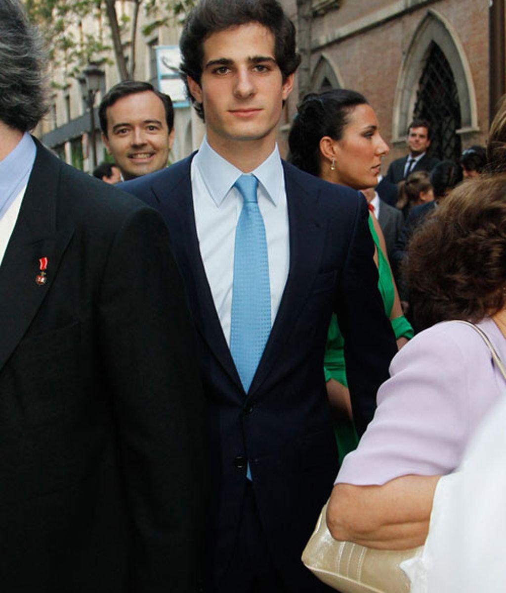 La Duquesa se lleva a Alfonso de boda