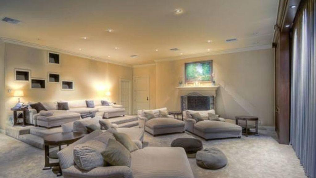 Mark Wahlberg vende su espectacular mansión de Beverly Hills
