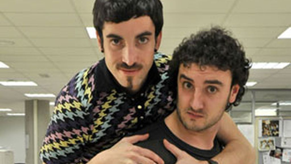 Will y Diego, protas de Becari@s