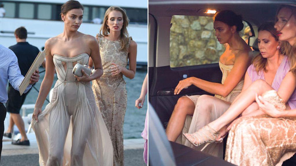 El pelo recogido y la sugerencia de su vestido le hizo ser una de las más elegantes