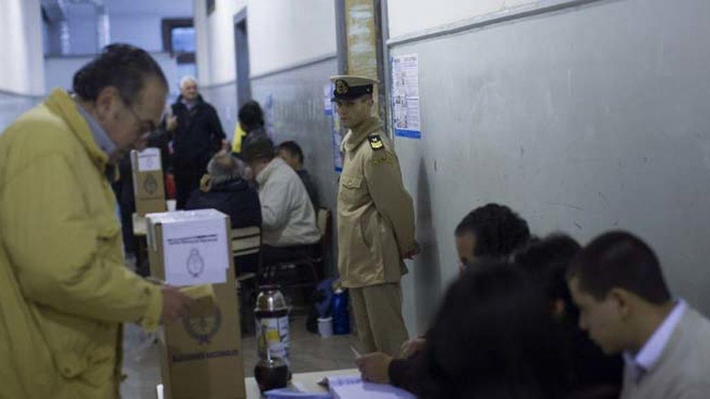 Las elecciones primarias definirán el escenario político de Argentina