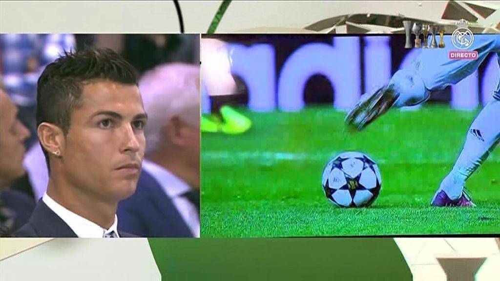 Cristiano Ronaldo no se perdió ningún detalle del vídeo de todos sus goles