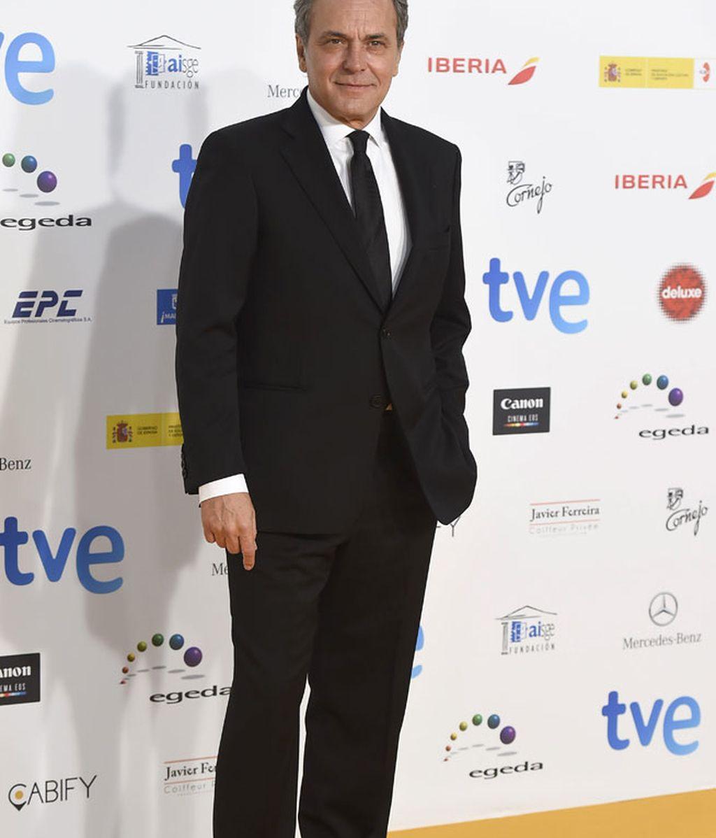 José Coronado, de traje negro y corbara a juego
