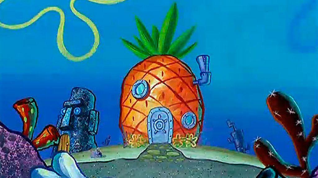 Él vive en la piña, debajo del mar ¡Bob Esponja!