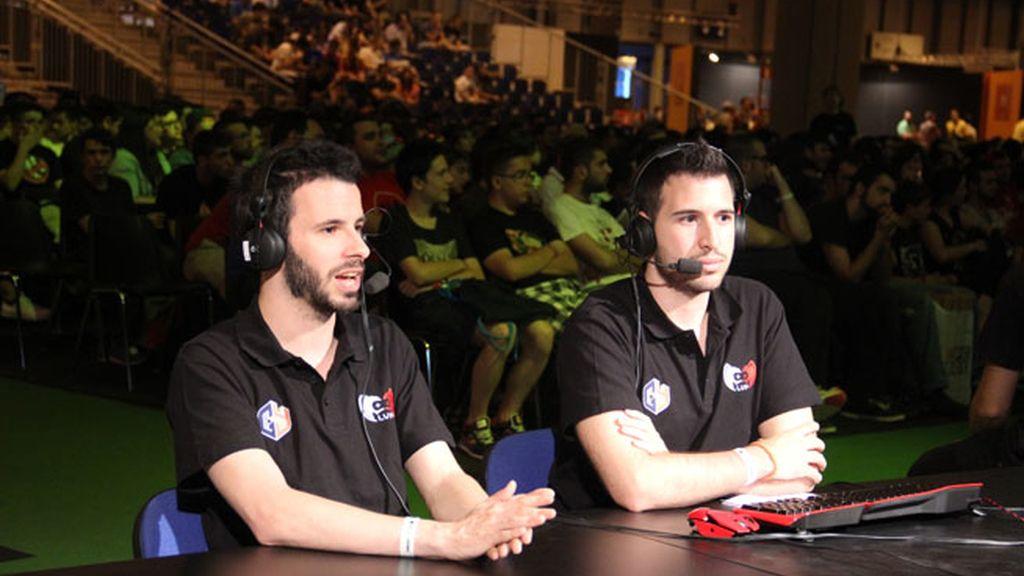 Ernesto 'BBQ' Folch y Ulises Prieto, casters de League of Legends