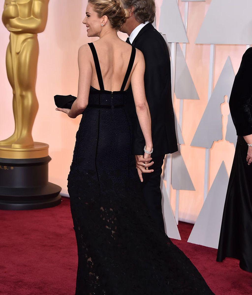 Espalda del vestido de Sienna Miller