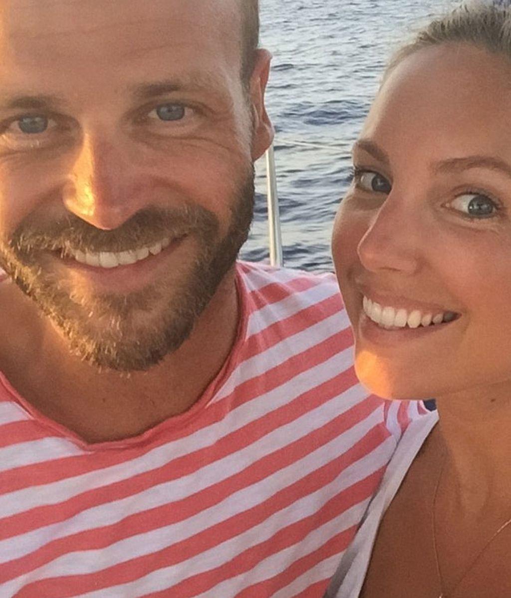 Charlie Smith y su novio Captain 34 cogieron el dinero ahorrado para su boda
