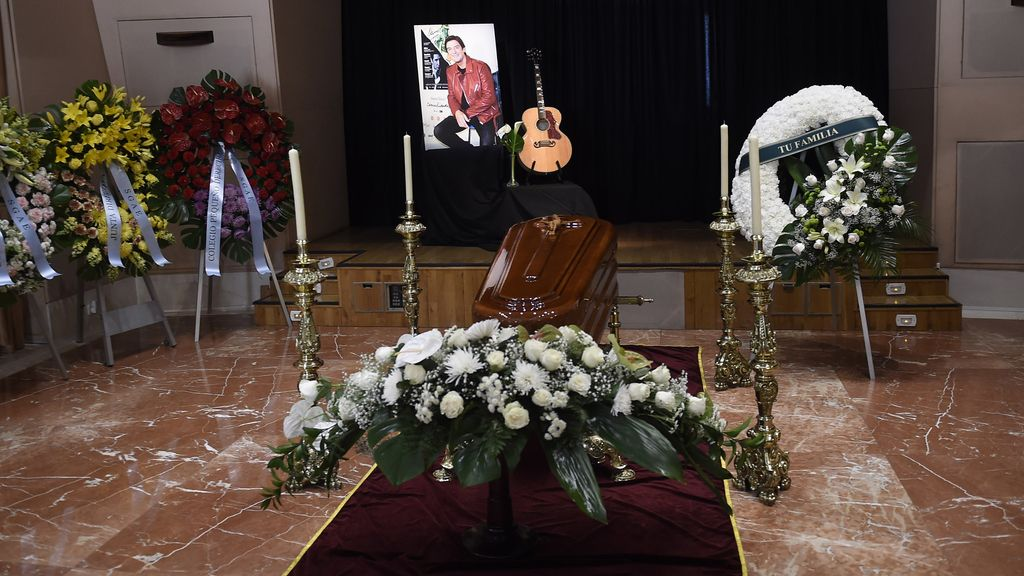 El cantante ha muerto a los 64 años