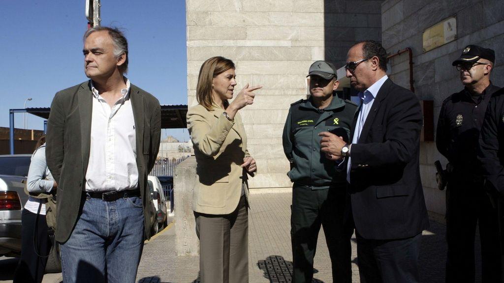 Cospedal visita el puesto fronterizo de Beni Enzar