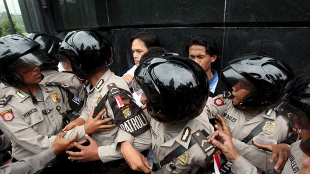 La antorcha, en Yakarta