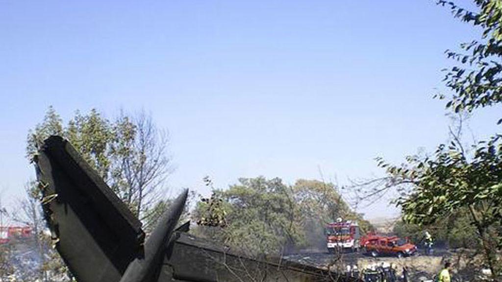 El juez imputa a tres directivos de Spanair por el accidente de Barajas.