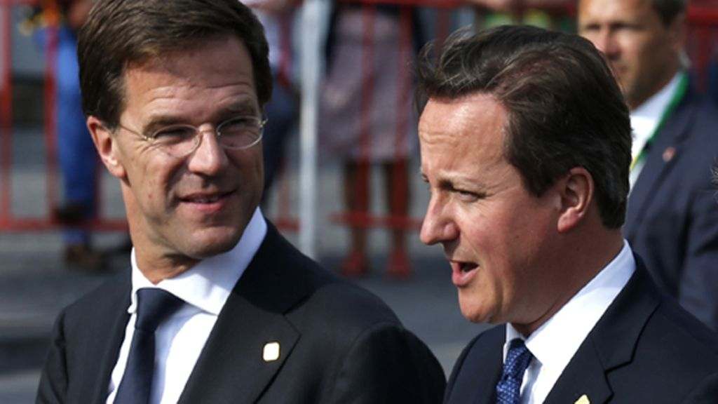 """Holanda y Reino Unido piden """"reconsiderar"""" las relaciones de la UE con Rusia"""