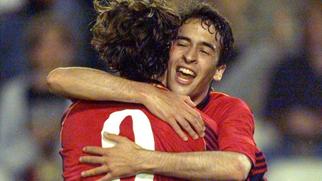 Raúl debuta con España en un Mundial en Francia 1998
