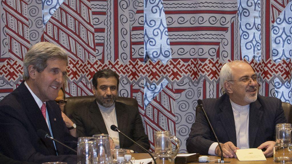 John Kerry se reúne con el ministro de exteriores iraní