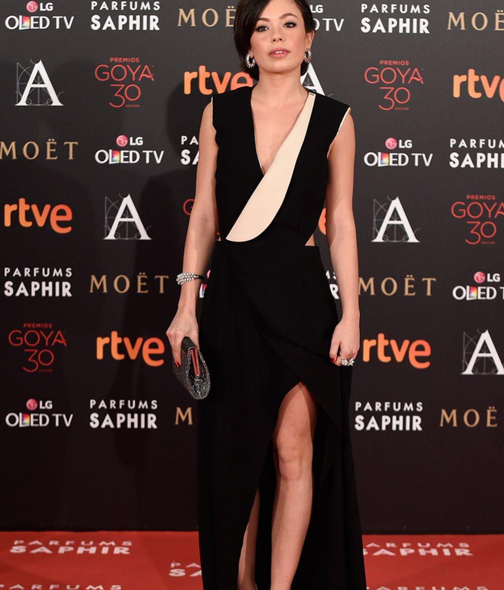 Anna Castillo en la alfombra roja de los Goya