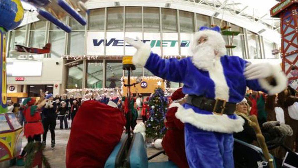 Una aerolínea canadiense sorprende a sus pasajeros concediéndoles sus deseos de Navidad