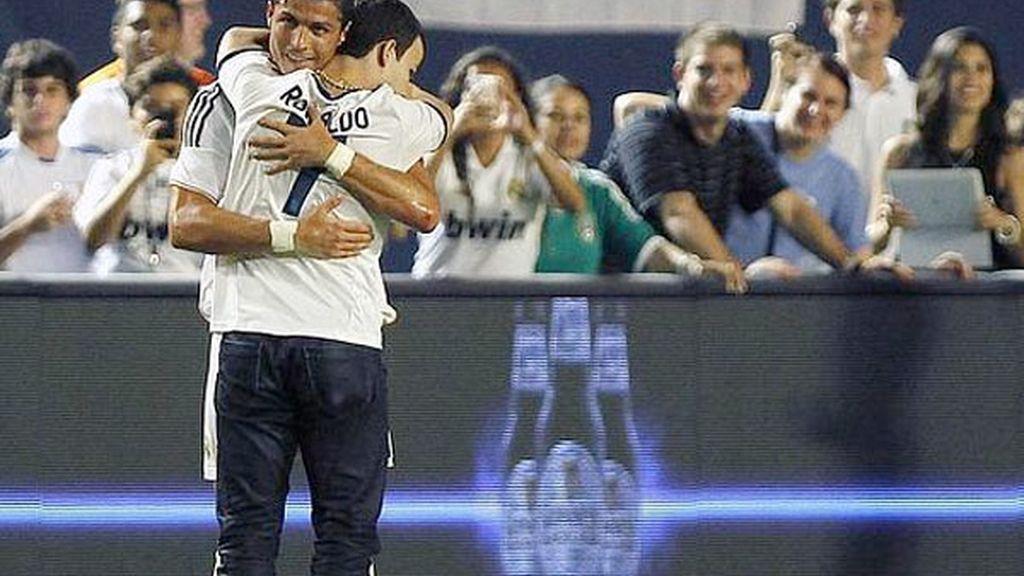 El fan que saltó al campo para abrazar a Ronaldo será juzgado