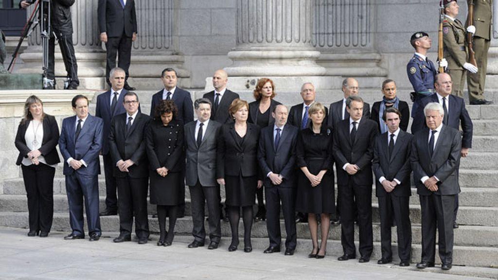 Foto institucional de autoridades