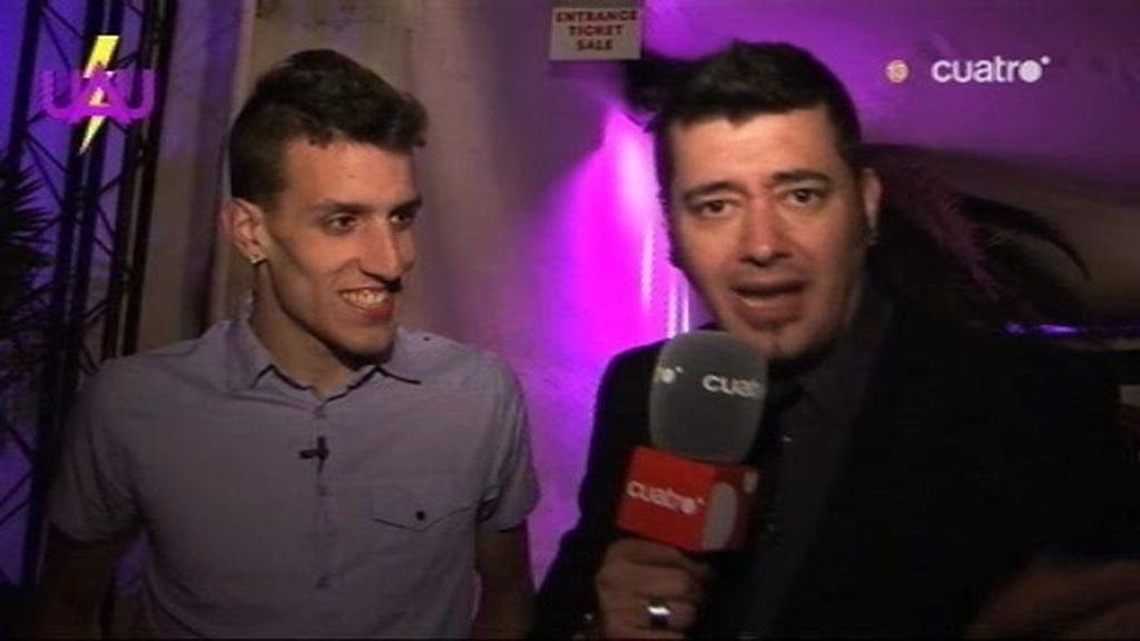 Tony Moog y Faelo intenta entrar en el Pacha Ibiza