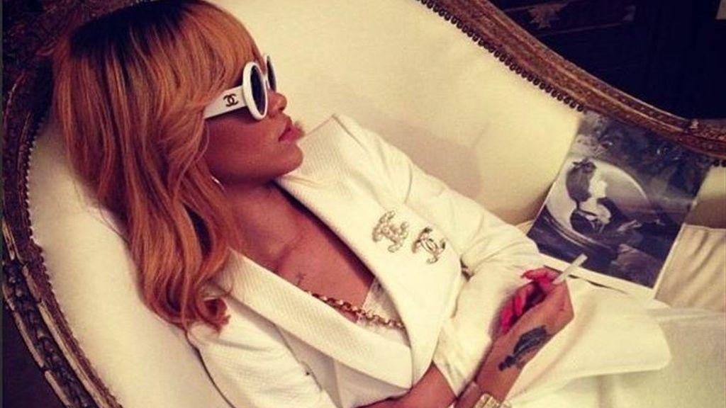 """Rihanna nos sorprende con un nuevo """"cambio de look"""""""