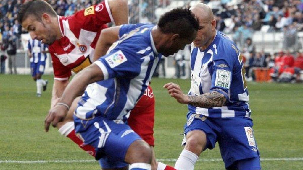 4-0. El Málaga golea al Espanyol y cierra la mejor primera vuelta de su historia
