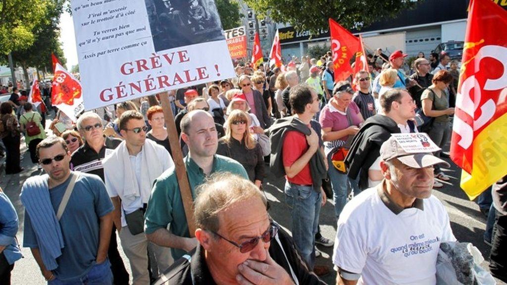 Nueva jornada de Huelga en Francia con paros de trenes y camioneros