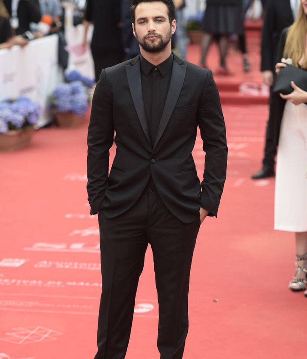 El actor de 'El niño',Jesús Castro, con 'total look' en negro