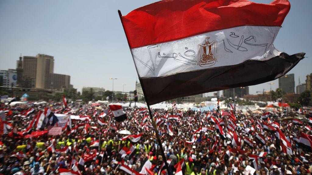 Proponen a Mursi un gobierno interino con el jefe del Ejército como primer ministro