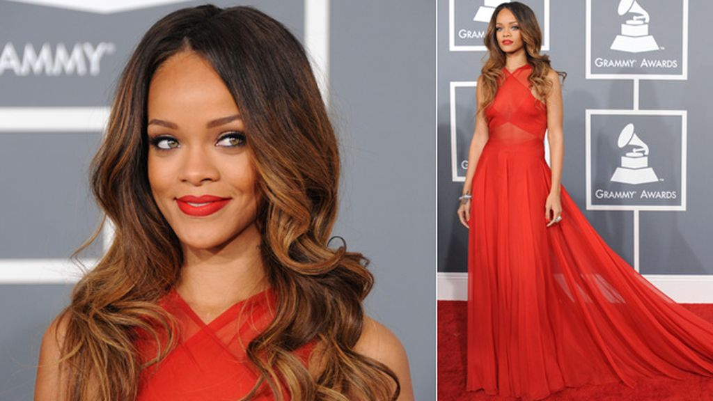 La cantante de Barbados, acompañada por Chris Brown, fue la más elegante de la noche