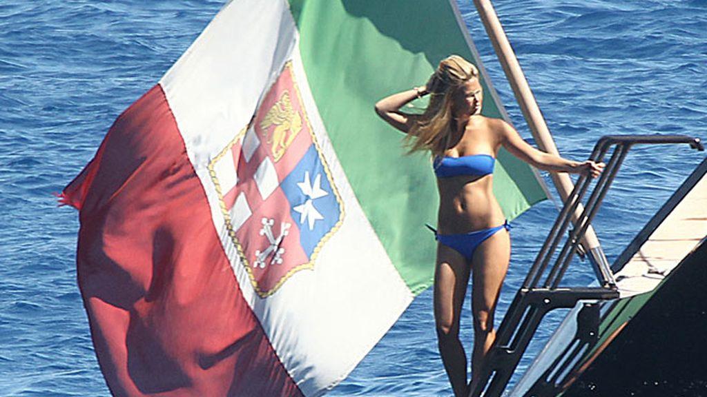 Bar Refaeli en Portofino