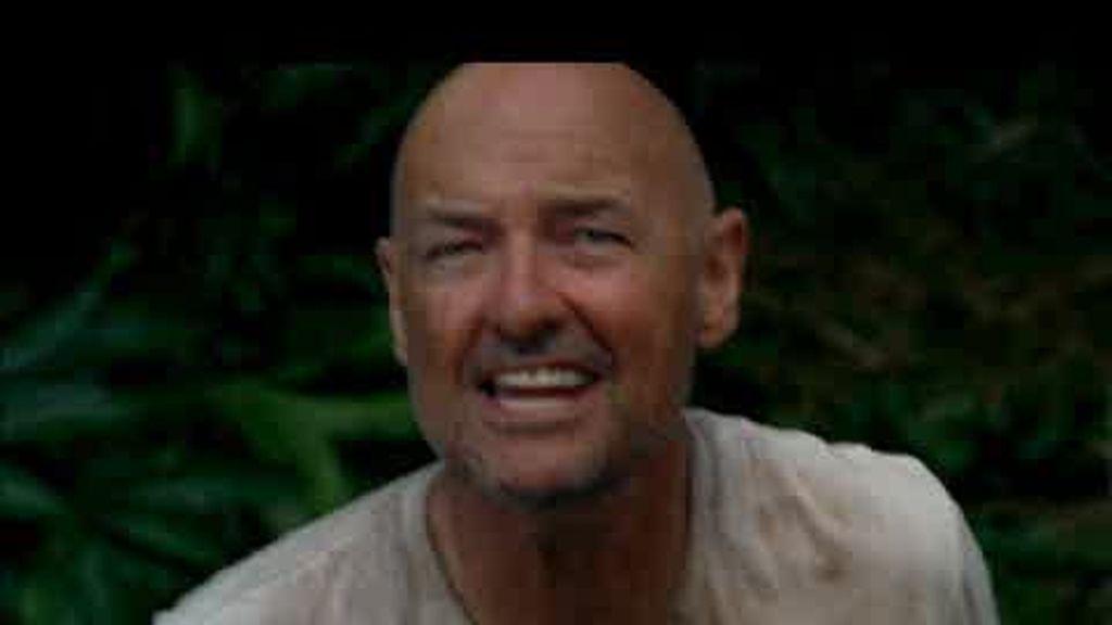 Promo Perdidos: Locke decide mostrar a Jack y a Sayid la extraña escotilla