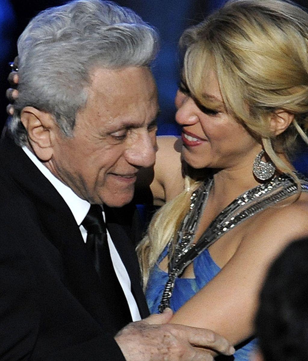 "Estopa le cantan ""Te aviso, te anuncio"" a Shakira en Las Vegas"