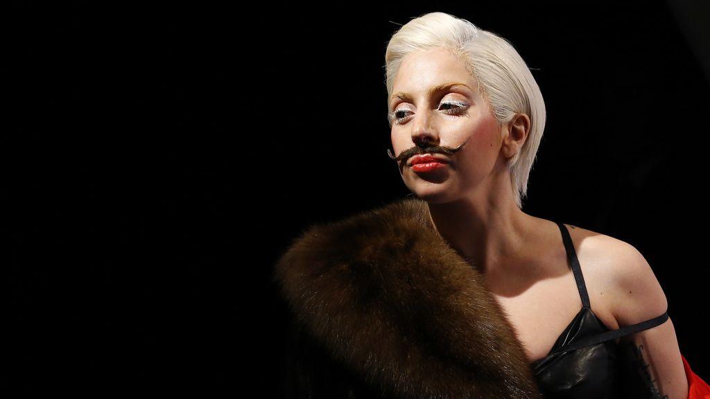 La cantante Lady Gaga en el club Berghain en Berlín presentando su disco