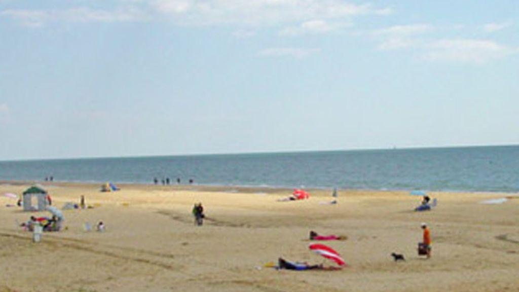 Mazagón, en Huelva, es la más larga de la península, con 13 kilómetros de arena dorada