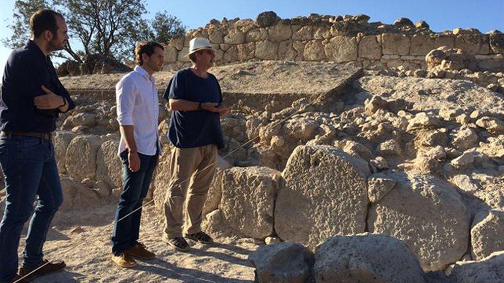 Hallado un palacio de la época íbera en las excavaciones del Cerro de la Merced de Cabra