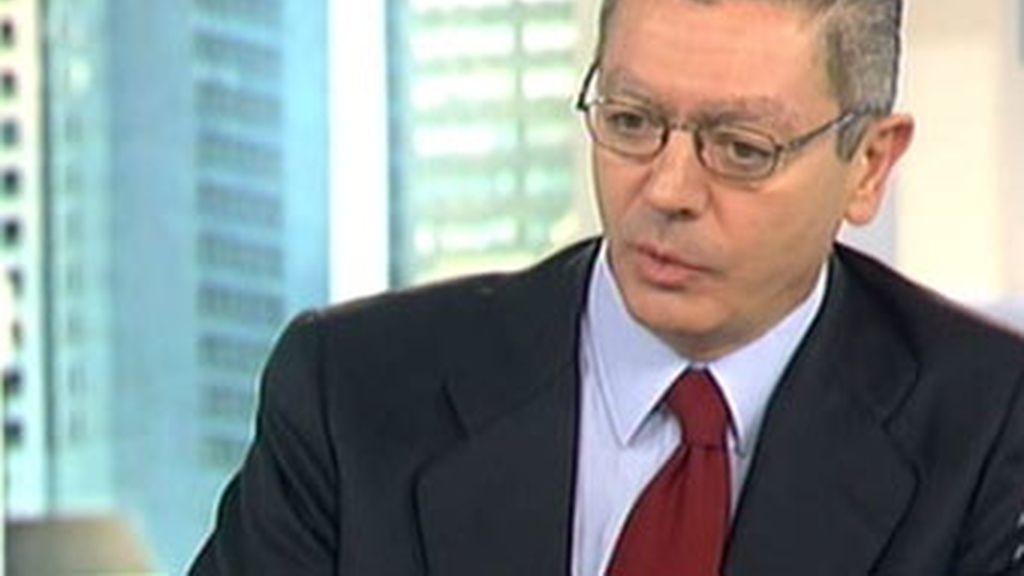 El ya ex alcalde de Madrid , Alberto Ruiz-Gallardón., renunció a su puesto en el consistorio para ser ministro del nuevo Ejecutivo popular.