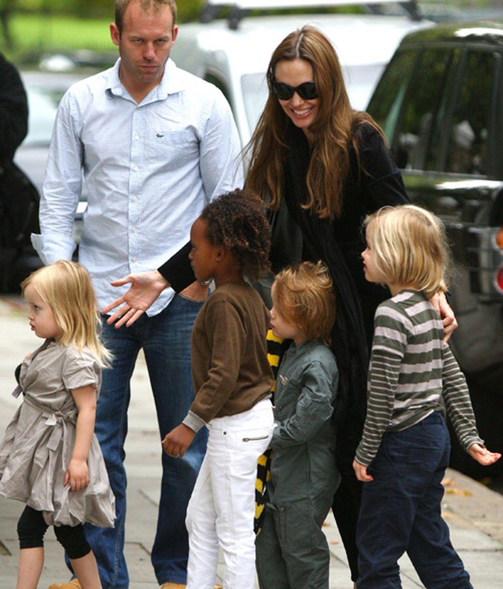 Fiesta de los hijos de Angelina y los de Gwen Stefani