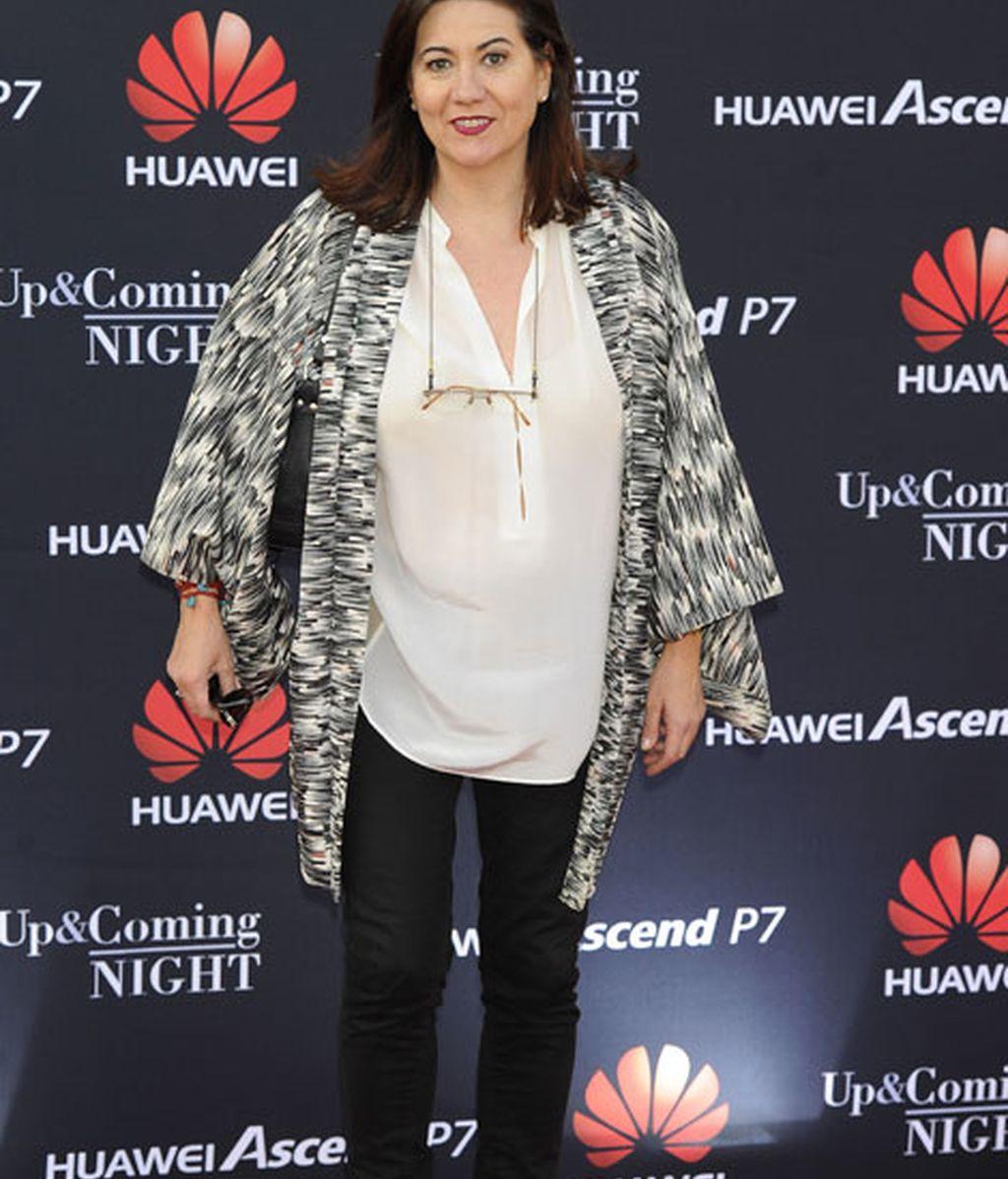 La actriz Lluisa Martín también apostó por un 'look' con pantalones negros