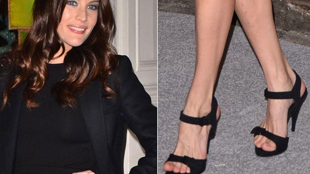 Liv Tyler, sandalias de 'pulserita'