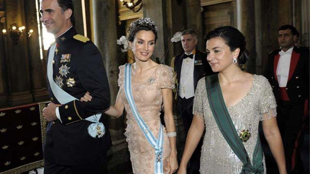 Los príncipes de Asturias, en el banquete