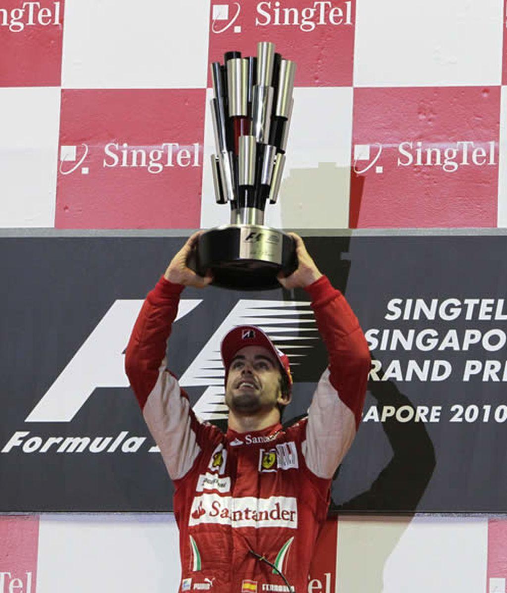 Alonso se acerca al título